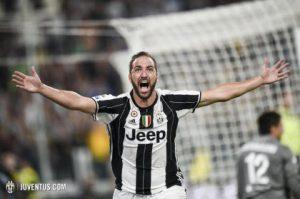Higuain Jadi Penentu Kemenangan Juventus Atas Fiorentina