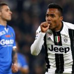 Liga Italia : Alex Sandro Naik Gaji 60 Persen