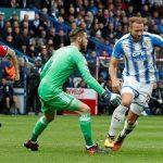 Huddersfield Town Tumbangkan Setan Merah, Mourinho Tambahkan Catatan Buruknya