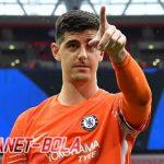 Courtois Sebut Timnya Terlalu Berambisi Juarai Piala Liga Inggris