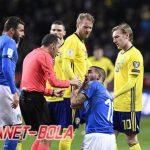 Gianni De Biasi Sebut Italia Kurang Beruntung
