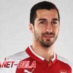 Pelatih Timnas Armenia Senang Mkhitaryan Tinggalkan MU
