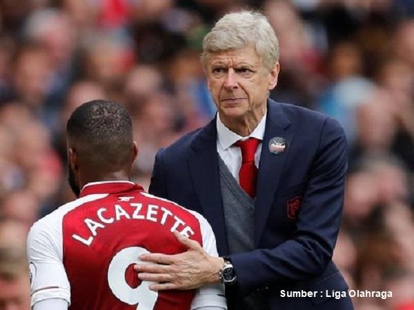 Arsene Wenger Beberkan Kelemahan Lacazette