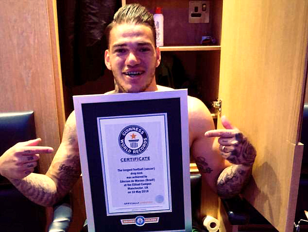 Ederson Moraes Masuk Guinness Book of Records